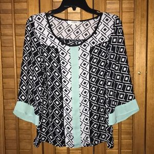 Black & white patterned blouse